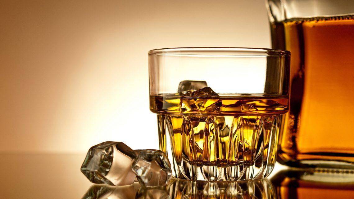 Как правильно выбрать виски для дегустации и в подарок