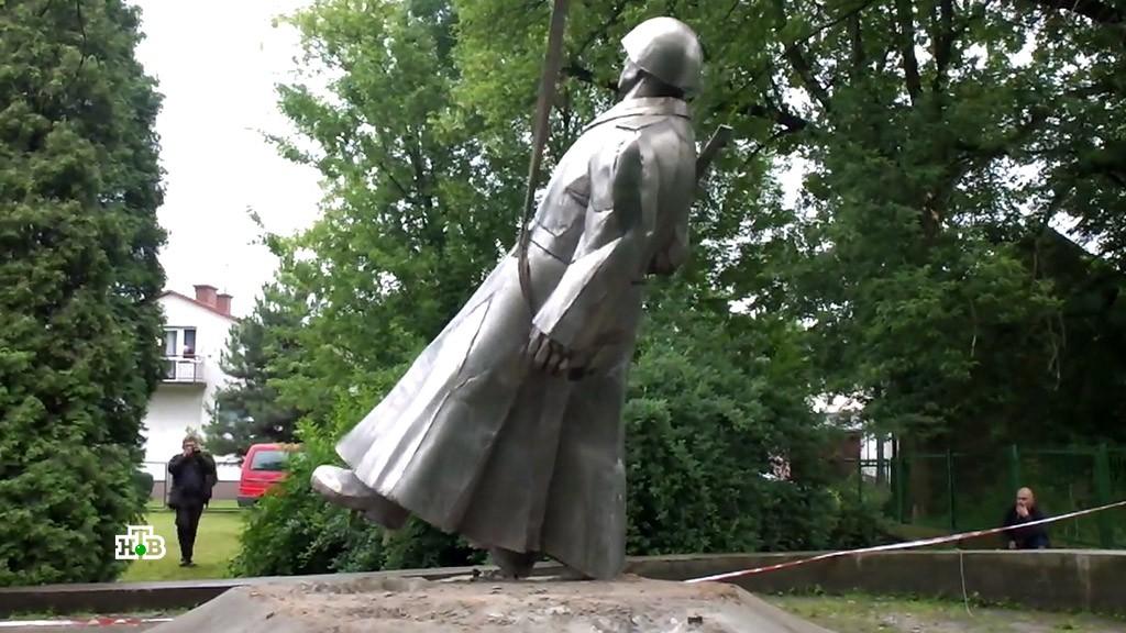 О чём не любят вспоминать в Польше