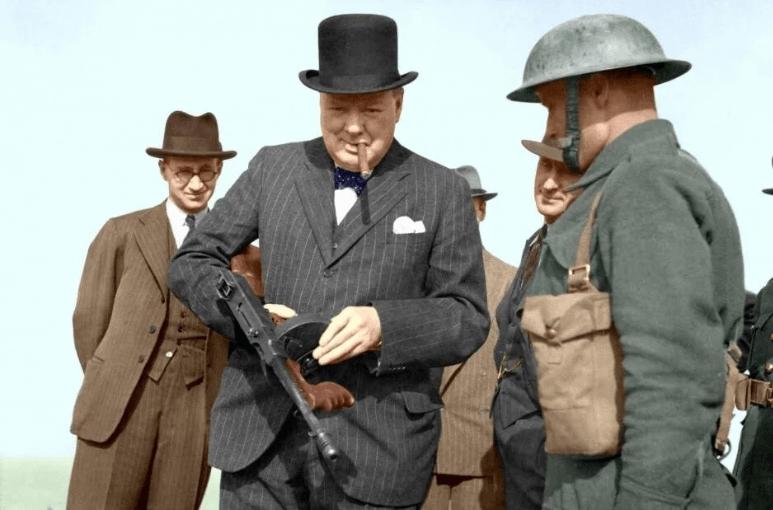 Уинстон Черчилль - такой же массовый убийца, как Гитлер