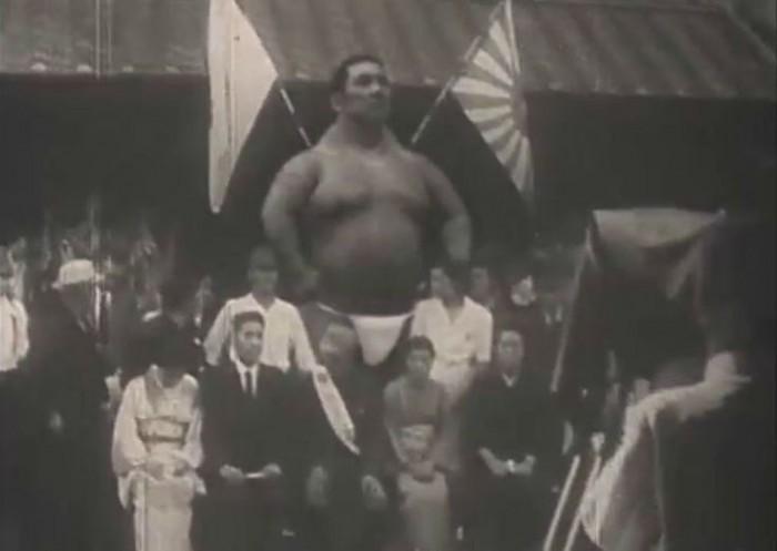 Загадка японского великана: последний из гигантов прошлого или фейковый фильм? (видео)