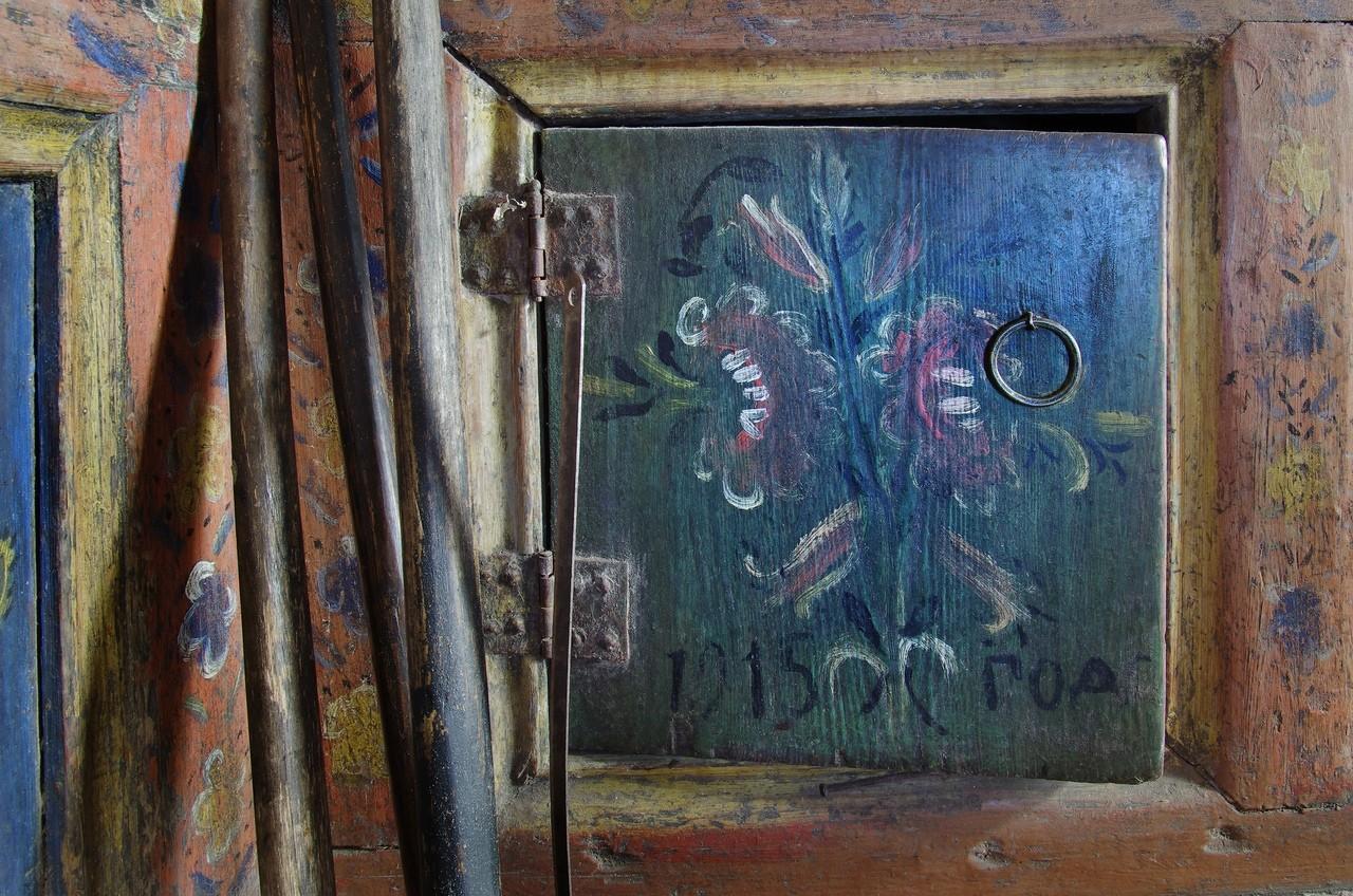 Интерьерные росписи крестьянских домов Русского Севера