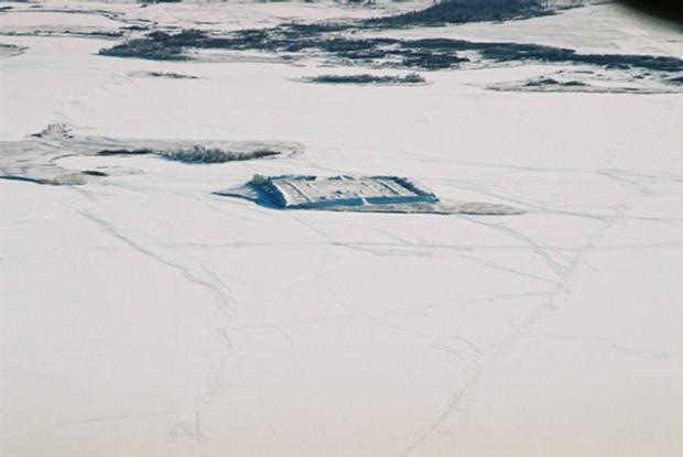 Загадочный город на острове в Сибири ( фото)