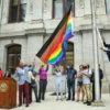На флаге ЛГБТ появились черный и коричневый цвета