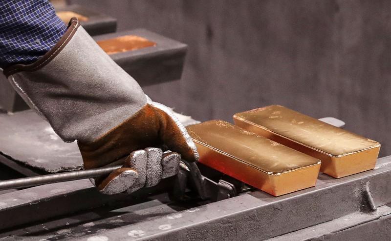 Доходы России от экспорта золота впервые превысили выручку от газа