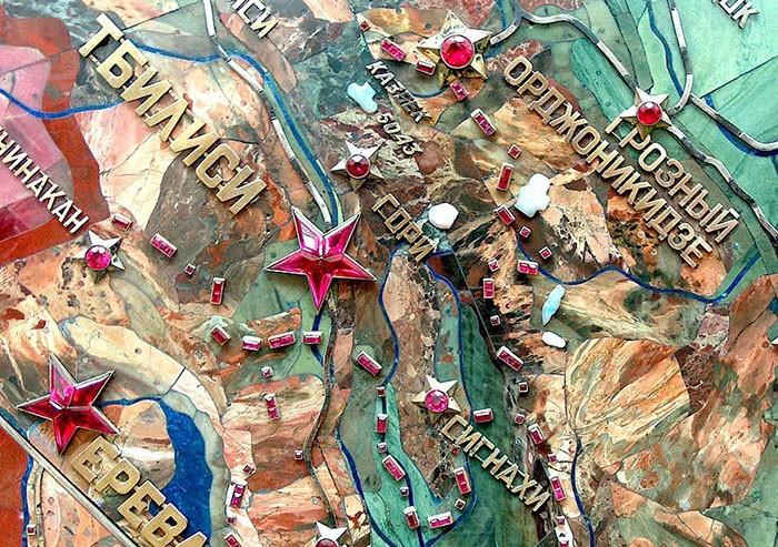Фрагмент мозаичного панно «Карта индустриализации СССР». 1936-1937 гг.