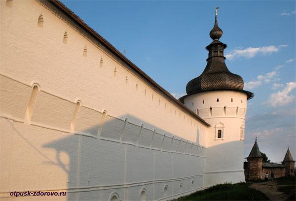 Кремлевская стена на закате, Музей-Заповедник Ростовский Кремль
