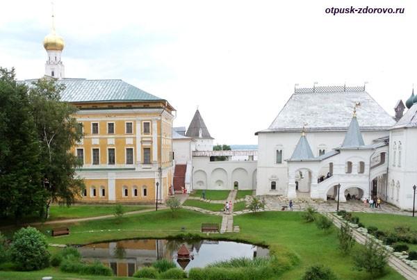 Красная палата, Музей-Заповедник Ростовский Кремль