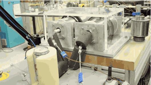 Холодильник будущего на магнитах