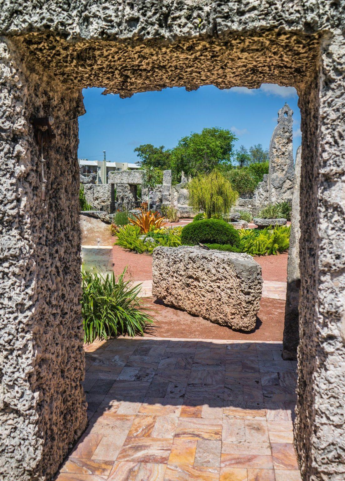 Коралловый замок, тайна строительства которого не разгадана по сей день