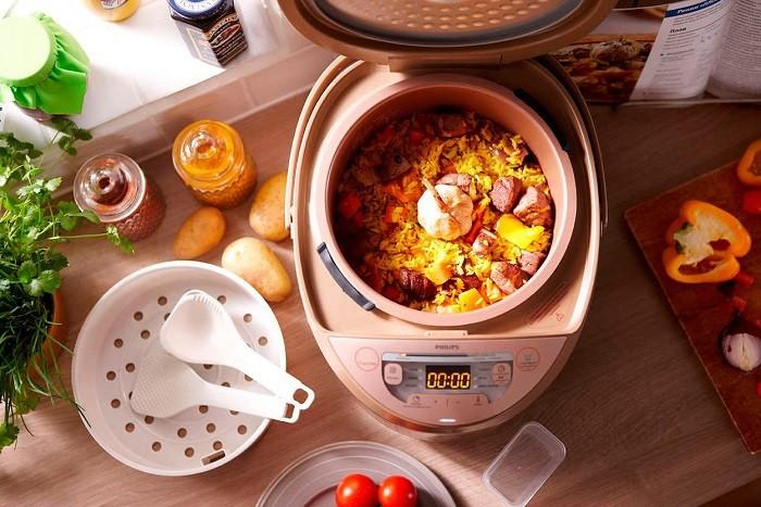 Мультиварка является универсальным прибором, который может приготовить все, что угодно. / Фото: gomel.vendee.by