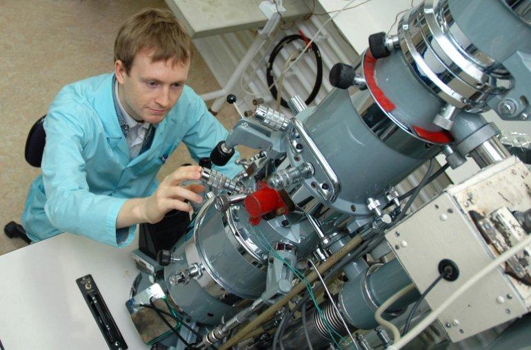 Российские ученые создают научный и технологический базис для электроники будущего