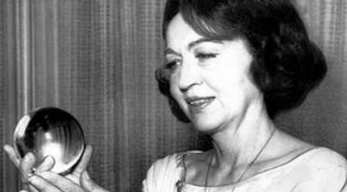 Джейн Диксон. Великая предсказательница Америки