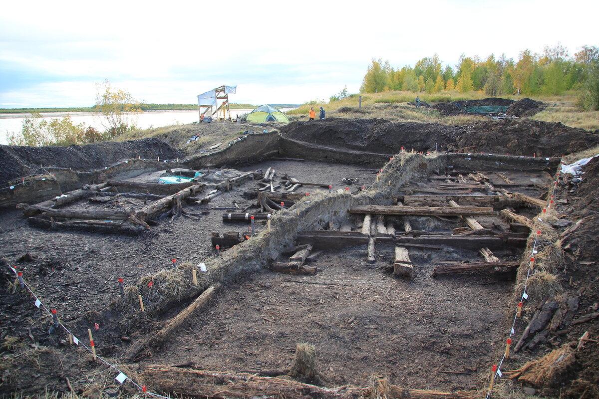 Раскопки на месте расположения Мангазеи