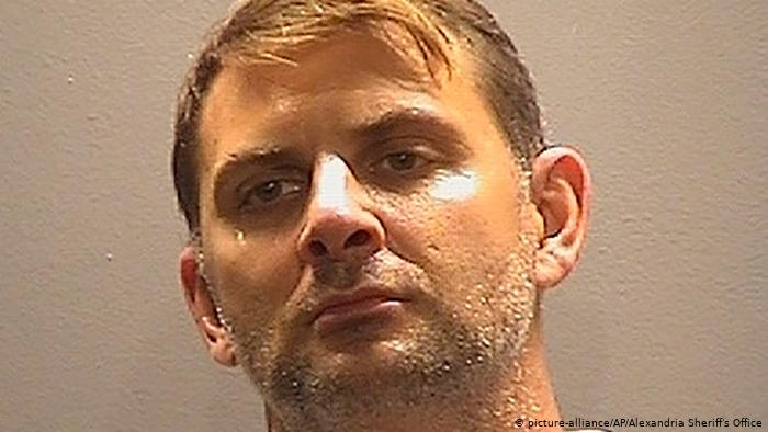 «Я— сынРоссии»: офицер спецназа СШАсознался вработе наФСБ