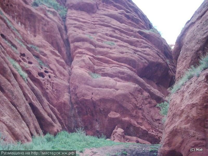Ущелье драконов в Джети-Огузе.