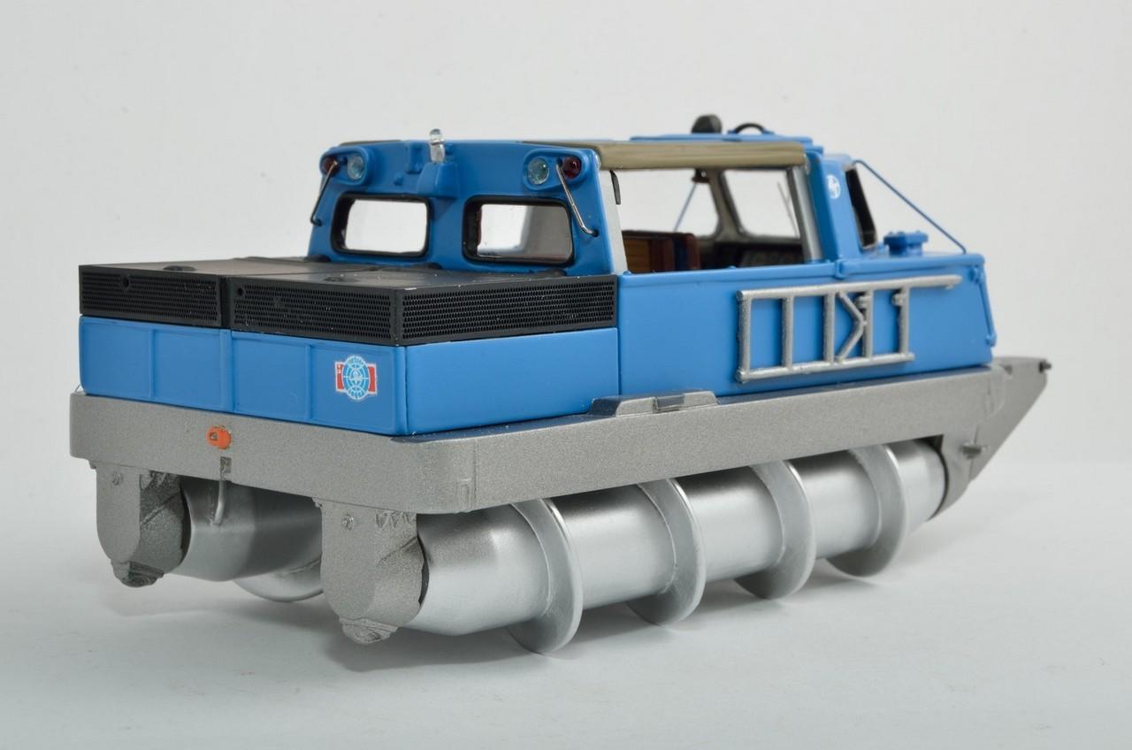 229061 Шнекороторный снегоболотоход ЗИЛ-29061 02