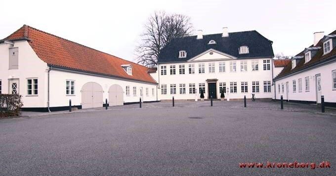 Мариенборг - служебная резиденция премьер-министра Дании, построена на деньги рабовладельца.