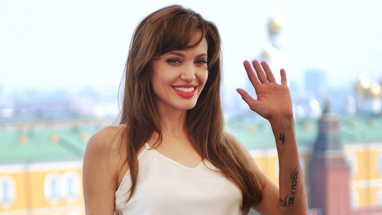 Анджелина Джоли на презентации фильма «Солт» в Москве (2010 год)