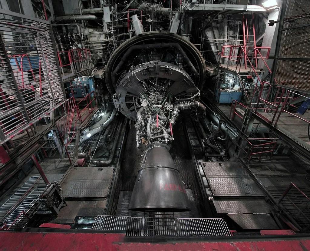 РД-171МВ - тяга в чудовищные 800 тонн. Россия провела испытания мощнейшего ракетного двигателя современности.