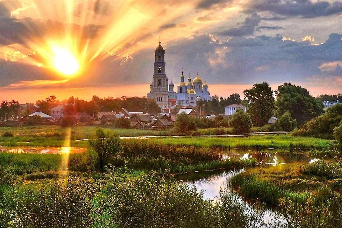 «Мы для них — сказка»: О перемене образа русских на Западе