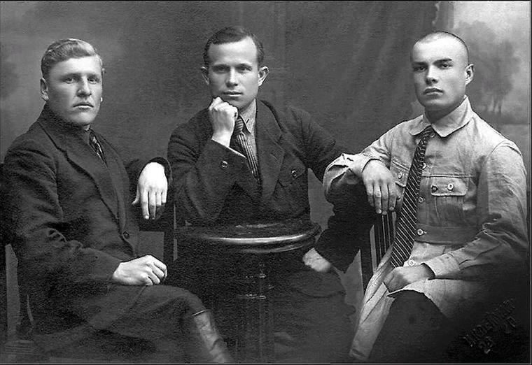 Никита Хрущёв был сыном помещика, поляком и троцкистом