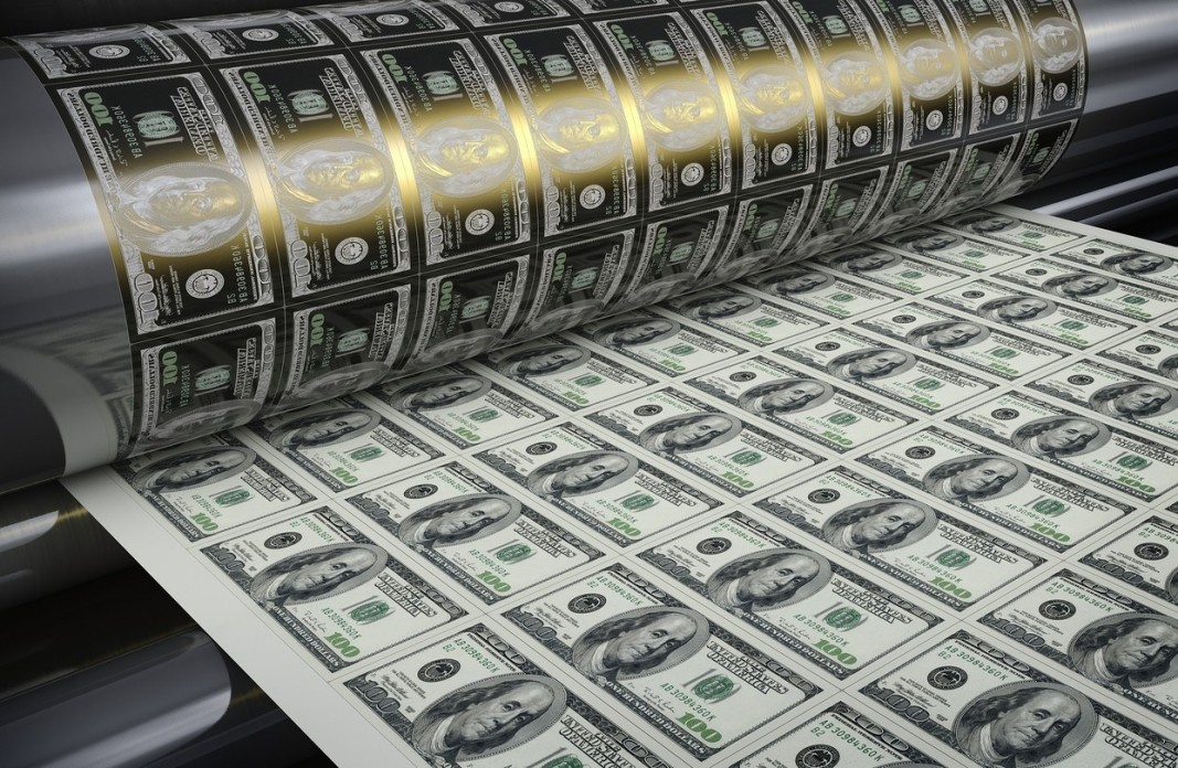 Почему гигантские долги делают США только богаче?