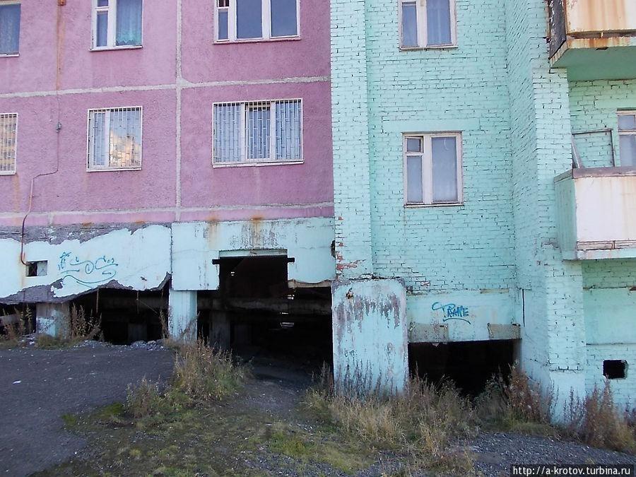 Почему в Норильске дома без балконов