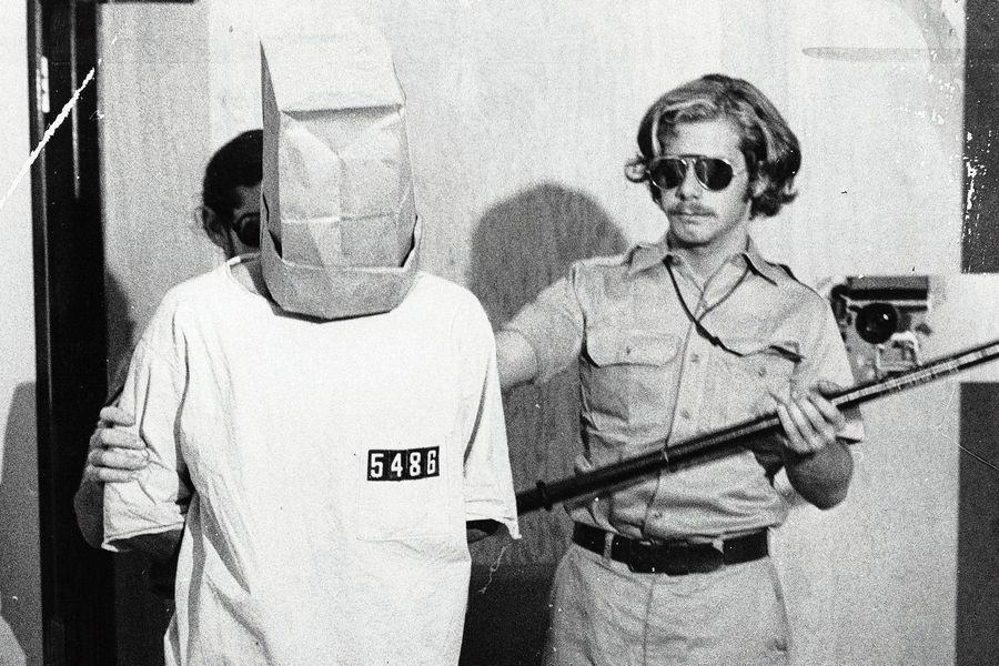 Знаменитый Стэнфордский тюремный эксперимент: что вышло из игры в тюрьму