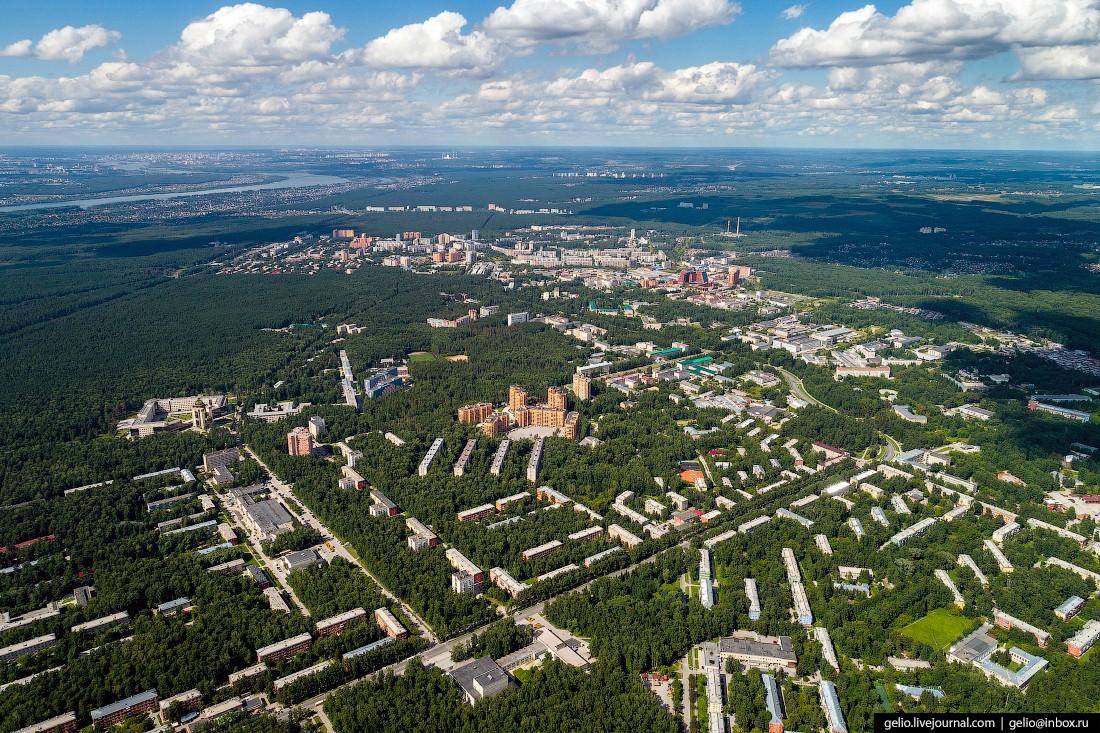Новосибирский Академгородок – город учёных посреди сибирской тайги (39 фото)