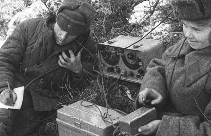 Как советские партизаны заряжали рации от костра
