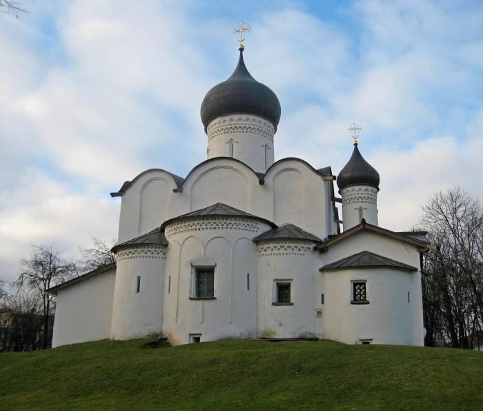 Как раньше отапливали церкви, если у них нет дымоходной трубы
