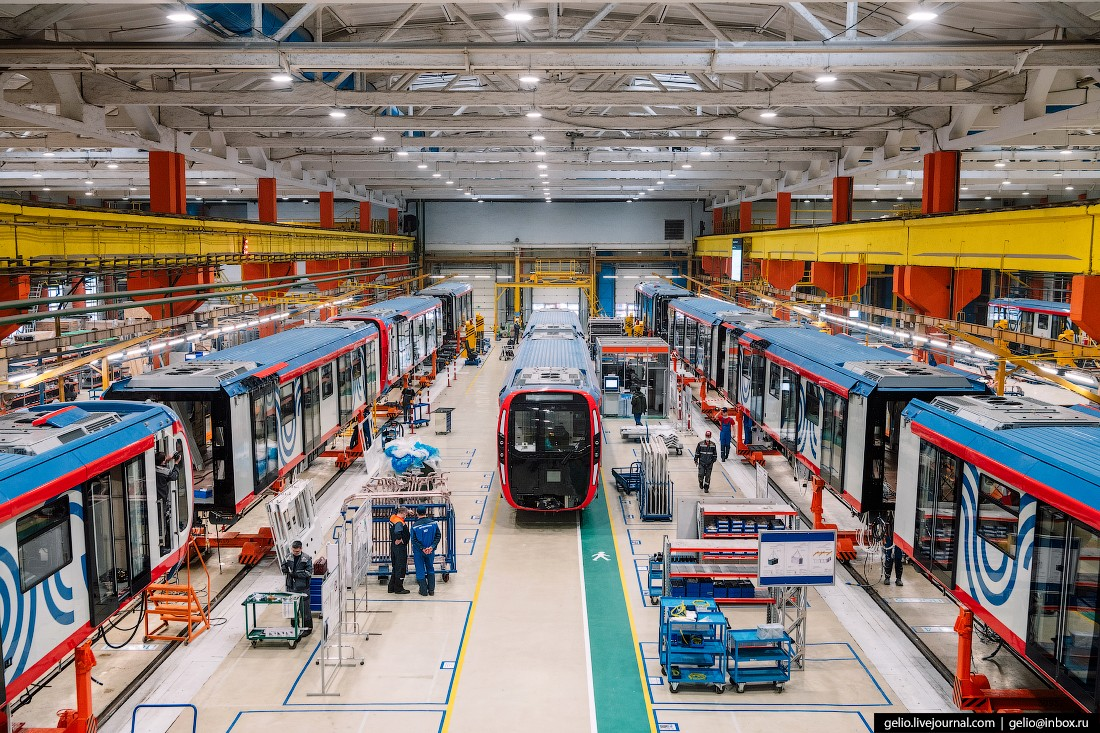 «Метровагонмаш» – как производят самые современные поезда метро. (33 фото)