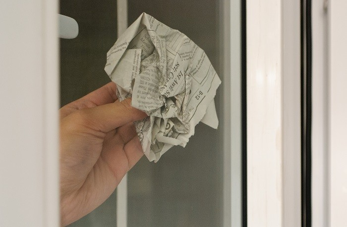 Влажные окна вытирали насухо газетой. / Фото: izdoski.com