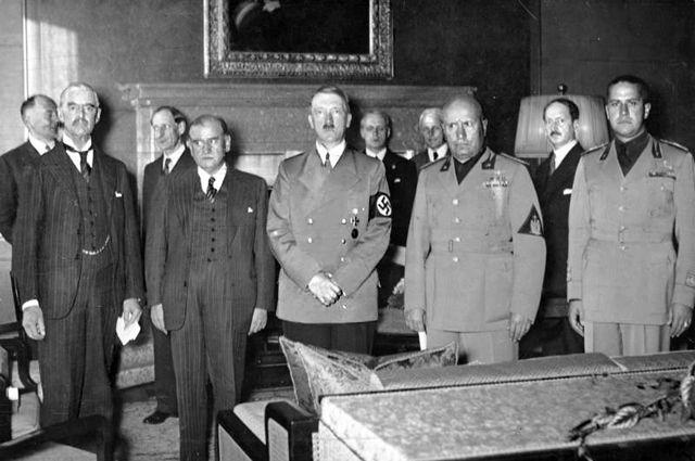 Фальшивый фронт. Как Запад «кинул» Польшу поддельной войной с Гитлером