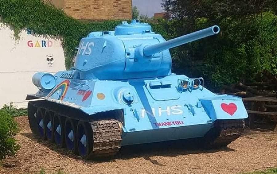 Как в Лондоне можно установить танк на районе