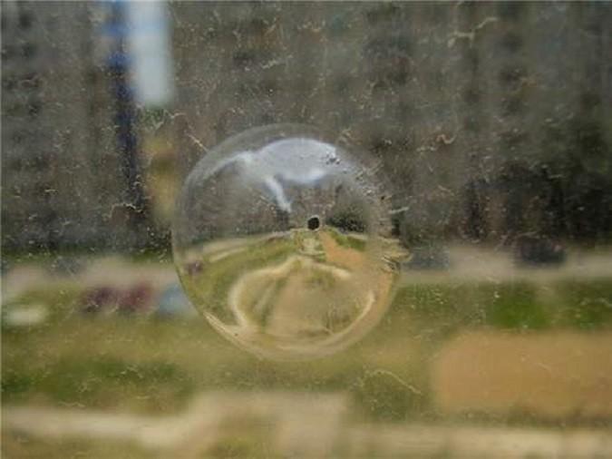 Загадка мистического призрачного стекольщика