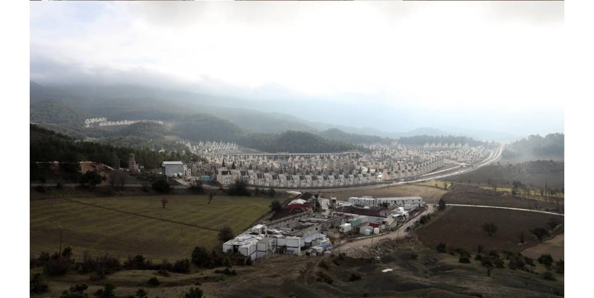 """Проект """"Burj Al Babas"""" - город призрак в Турции"""
