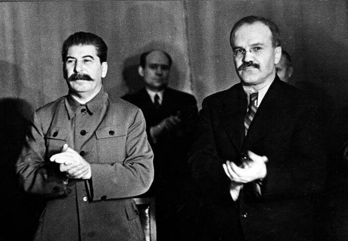 В Советском Союзе в тридцатые годы двадцатого века каждый гражданин мог получить образование в семь классов совершенно бесплатно / Фото: newyorker.com