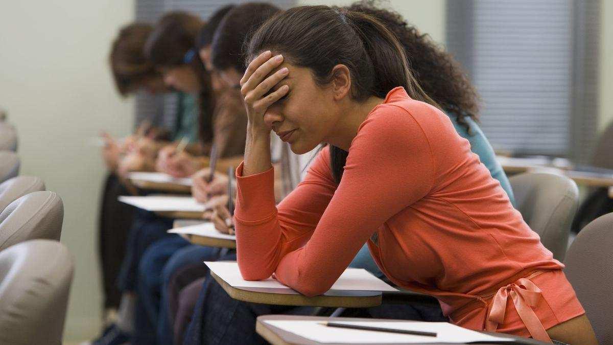 В США штат Орегон отменили требования к навыкам чтения, письма и математики для выпускников школ