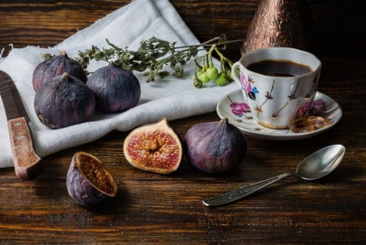 Готовим кофе с инжиром по английскому рецепту.